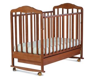121117 Кровать детская Берёзка (автостенка,ящик,колеса,качалка,накладка ПВХ орех (23 кг)